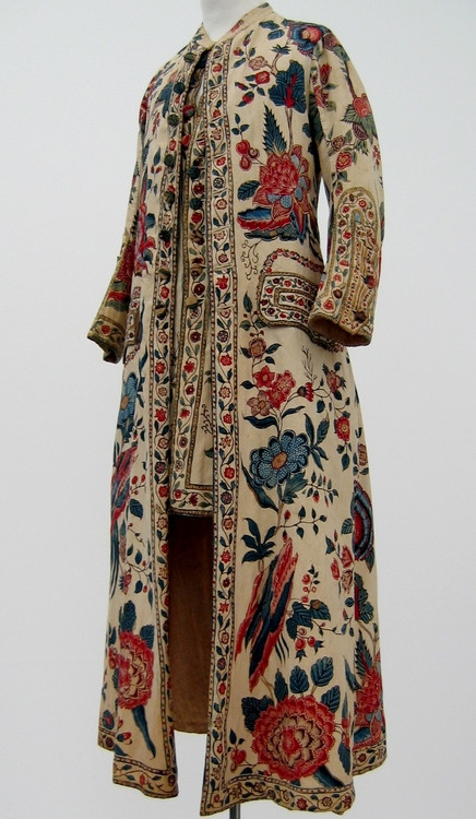Men's dressing gown with attached waistcoat, chintz, c. 1750-1799